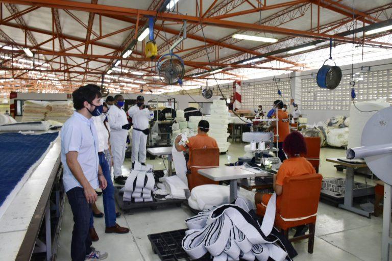 https://www.barranquilla.gov.co/wp-content/uploads/2020/07/reapertura-economica-riomar-y-suroccidente-1-768x512.jpg